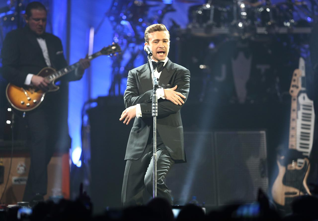 NEW ORLEANS, LA - FEBRUARY 02:  Justin Timberlake performs at DIRECTV Super Saturday Night Featuring Special Guest Justin Timberlake & Co-Hosted By Mark Cuban's AXS TV on February 2, 2013 in New Orleans, Louisiana.  (Photo by Christopher Polk/Getty Images for DirecTV)