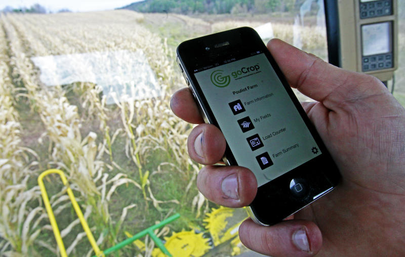 Crop of high-tech farmers sows results with apps