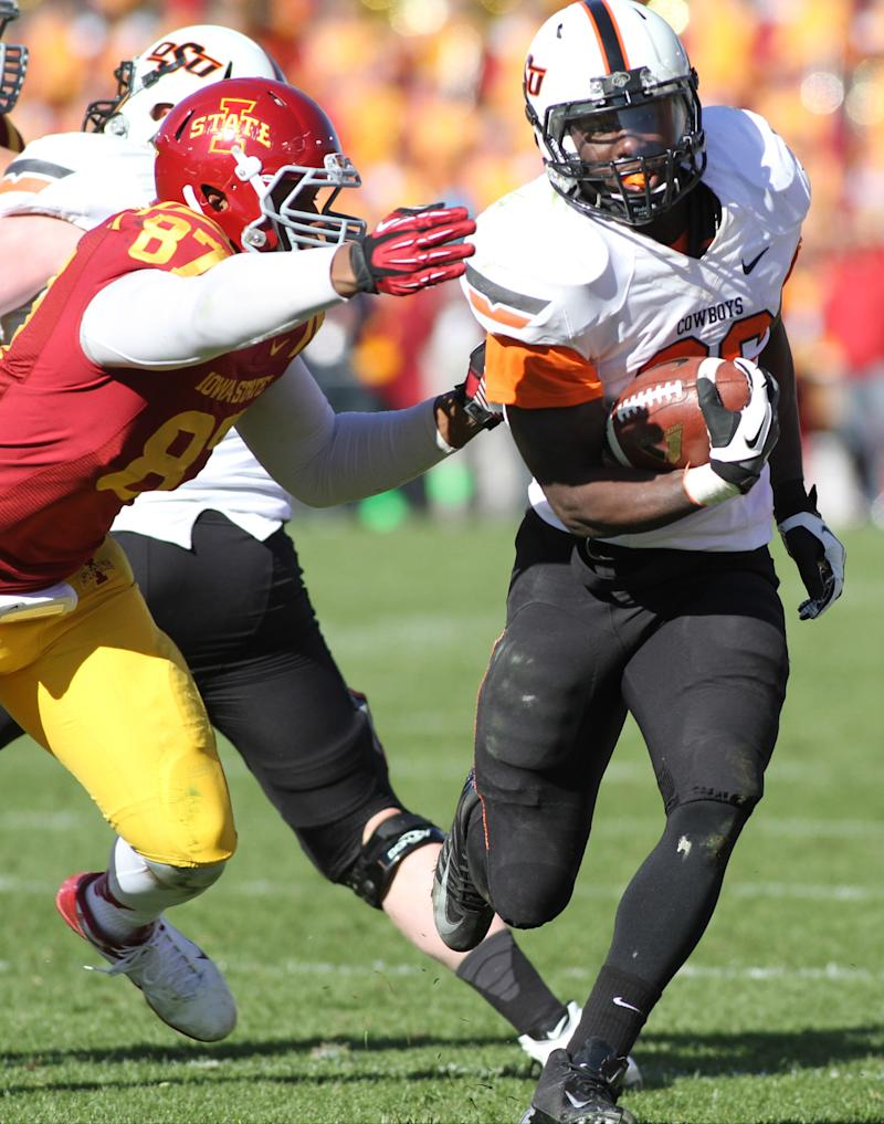 Oklahoma St unsettled at QB