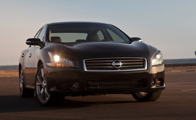 """<p style=""""text-align:right;"""">  <b><a href=""""http://ca.autos.yahoo.com/nissan/maxima/2013/"""" target=""""_blank"""">2013 Nissan Maxima 4dr Sdn CVT 3.5 SV</a></b><br>  <b>TOTAL SAVINGS $4,119</b><br>  <a href=""""http://www.unhaggle.com/yahoo/"""" target=""""_blank""""><img src=""""http://www.unhaggle.com/static/uploads/logo.png""""></a>  <a href=""""http://www.unhaggle.com/dealer-cost/report/form/?year=2013&make=Nissan&model=Maxima&style_id=354755"""" target=""""_blank""""><img src=""""http://www.unhaggle.com/static/uploads/getthisdeal.png""""></a><br>  </p>  <div style=""""text-align:right;"""">  <br><b>Manufacturer Suggested Retail Price</b>:  <b>$37,880</b>  <br><br><a href=""""http://www.unhaggle.com/Nissan/Maxima/2013/Incentives/"""" target=""""_blank"""">Nissan Canada Incentive</a>*: $2,000  <br>Unhaggle Savings: $2,119  <br><b>Total Savings: $4,119</b>  <br><br>Mandatory Fees (Freight, Govt. Fees): $1,855  <br><b>Total Before Tax: $35,616</b>  </div>  <br><br><p style=""""font-size:85%;color:#777;"""">  * Manufacturer incentive displayed is for cash purchases and may differ if leasing or financing. For more information on purchasing any of these vehicles or others, please visit <a href=""""http://www.unhaggle.com"""" target=""""_blank"""">Unhaggle.com</a>. While data is accurate at time of publication, pricing and incentives may be updated or discontinued by individual dealers or manufacturers at any time. Vehicle availability is also subject to change based on market conditions. Unhaggle Savings is a proprietary estimate of expected discount in addition to manufacturer incentive based on actual savings by Unhaggle customers  </p>"""