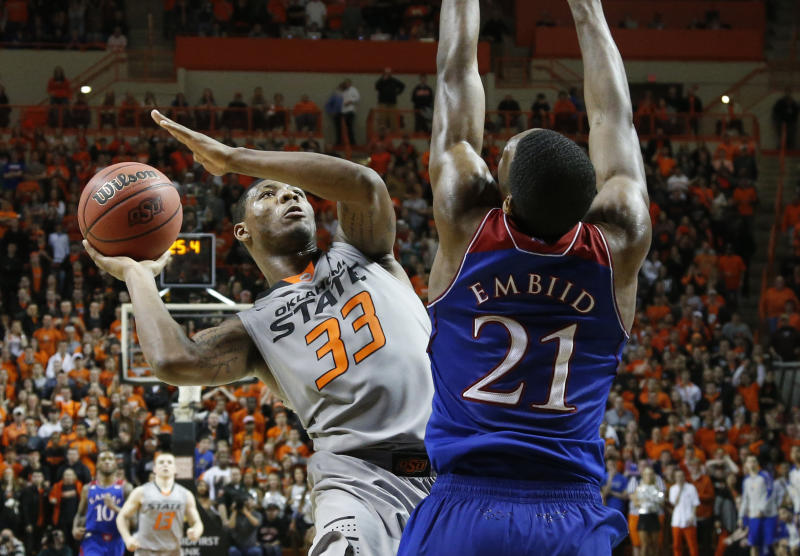 Smart leads Oklahoma St past No. 5 Kansas, 72-65