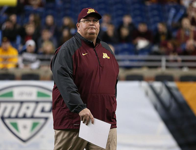 Minnesota fires football coach Tracy Claeys