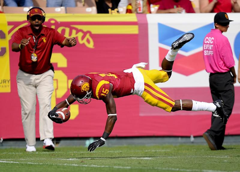 Dominant defense propels USC past Utah 19-3