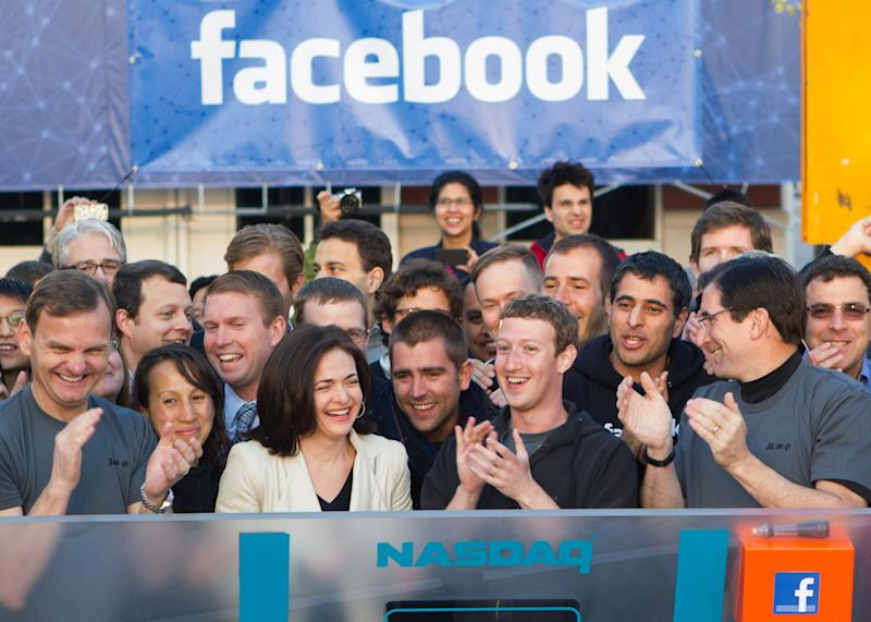 Facebook stock finishes flat in debut