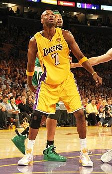 Lakers realize Odom's value to bottom line