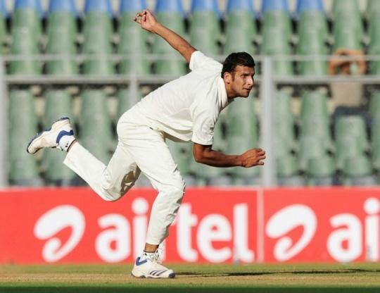 Ishwar Pandey has been phenomenal in domestic cricket. Being unfortunate is actually a trait that resides in many people. No matter how hard they try, things don't seem to work out in their favour. They say that persistent hard workleads to success, but in the case of these people, even that saying doesn't ring true.Madhya Pradesh has been the breeding ground of some of the best cricketers in the world. Be it the former Nawab of Pataudi, Mansoor Ali Khan, or the marvellous Syed Mushtaq Ali, Madhya Pradesh has gifted a good number of legendary figures to Indian cricket.However, there are some players who couldn't represent the nation despite deserving to. Here are three players plying their trade in Madhya Pradesh that were/are unfortunate to not play for Team India:The recent surge of good fast bowlers is something that has never been seen before. Sure, the country has provided the game of cricket with some elite players, but when it comes to pacers, they fall short when compared to the likes of Pakistan or Australia.However, with the rise of Jasprit Bumrah and Bhuvneshwar Kumar, India do not have a dearth of quality pacers like they once used to. And it is for this very reason thatIshwar Pandey, who was born in Rewa, Madhya Pradesh, couldn't get a sniff of international cricket with India.His numbers in the domestic circuit are commendable. The 27-year-old has 203 wickets from 57 games with an average of 26.33. In any other period, such numbers would have been sufficient to seal his place in the team, but not anymore. Although he could still represent India, it is highly unlikely and that is why he features on the list.