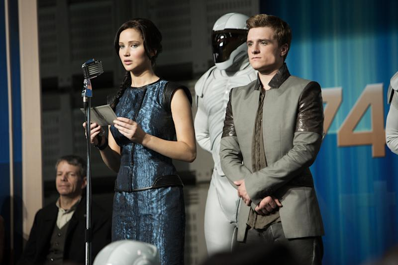 'Catching Fire,' 'Frozen' glowing box office hits