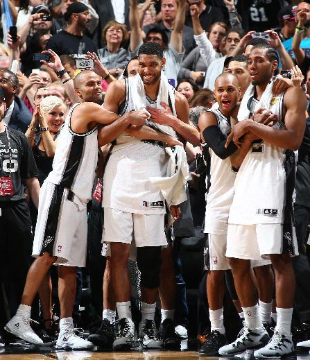 SAN ANTONIO, TX - JUNE 15: San Antonio Spurs players react during Game Five of the 2014 NBA Finals at AT&T Center on June 15, 2014 in San Antonio, Texas. (Photo by Nathaniel S. Butler/NBAE via Getty Images)
