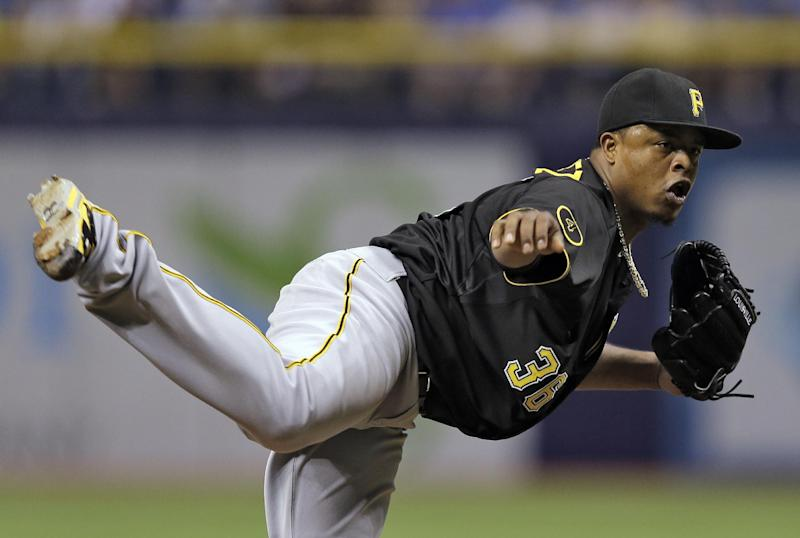 Alvarez's 3-run homer helps Pirates beat Rays 8-1