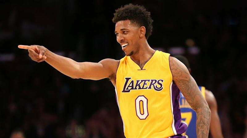 Lakers' Nick Young strains Achilles', to have MRI on Wednesday