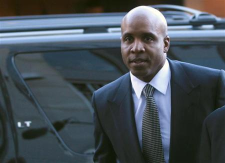 Former San Francisco Giants outfielder Barry Bonds enters U.S. federal courthouse for his sentencing hearing in San Francisco