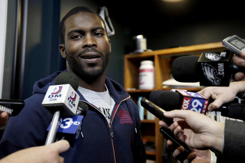 AP Source:  Vick's book tour canceled