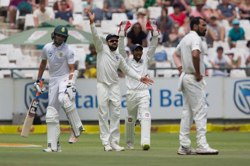 South Africa cashes in, 182-2 in 2nd test vs