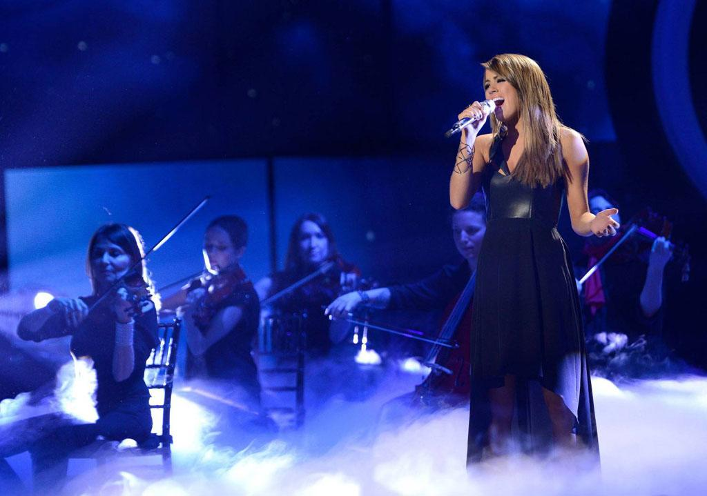 """Angie Miller performs """"Cry Me a River"""" on the Wednesday, April 24 episode of """"American Idol."""""""