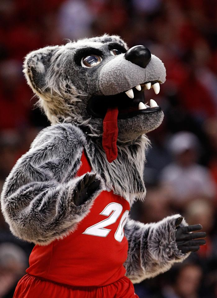 PORTLAND, OR - MARCH 17:  The New Mexico Lobos mascot performs on the court as the Lobos take on the Louisville Cardinals during the third round of the 2012 NCAA Men's Basketball Tournament at the Rose Garden Arena on March 17, 2012 in Portland, Oregon.  (Photo by Jonathan Ferrey/Getty Images)
