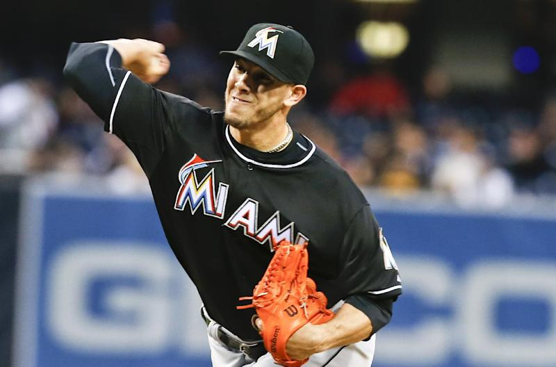 Marlins' Fernandez has elbow tear, surgery looms