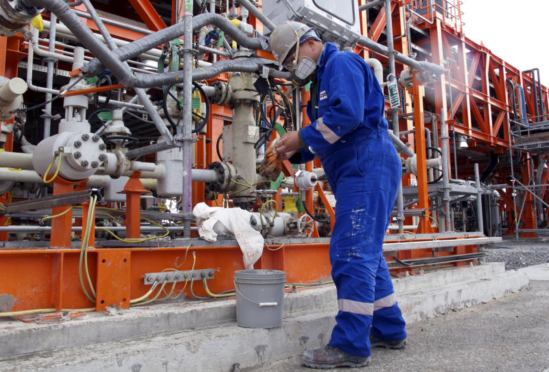 First oil nears for Kazakhstan's supergiant field