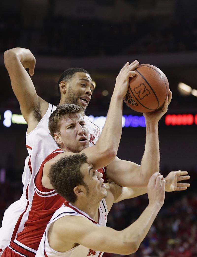Shields scores 15 in Neb's 79-67 win over Ark. St