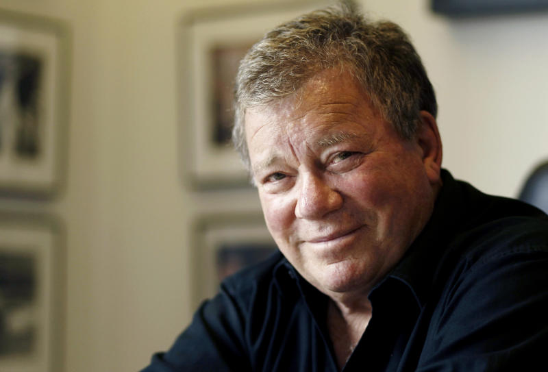 'Hot in Cleveland' going live with William Shatner