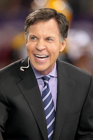 Bob Costas loves your jokes. (USA TODAY Sports)