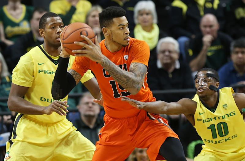 Oregon holds off Oregon State in 93-83 win