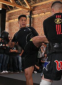 Legend Le brings action-hero style to the UFC