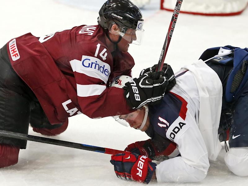 Canada routs Denmark 6-1 at ice hockey worlds