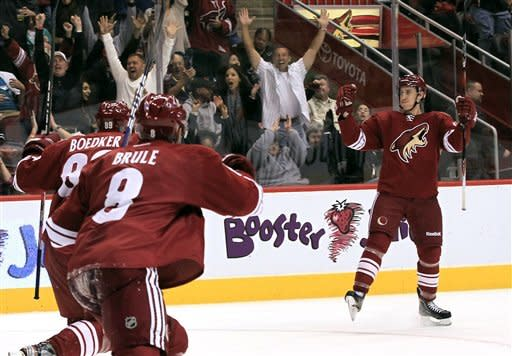 Coyotes blank reeling Sharks 3-0