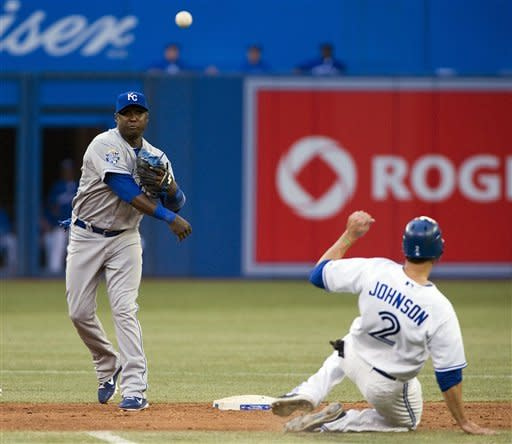Moustakas hits grand slam as Royals rout Blue Jays