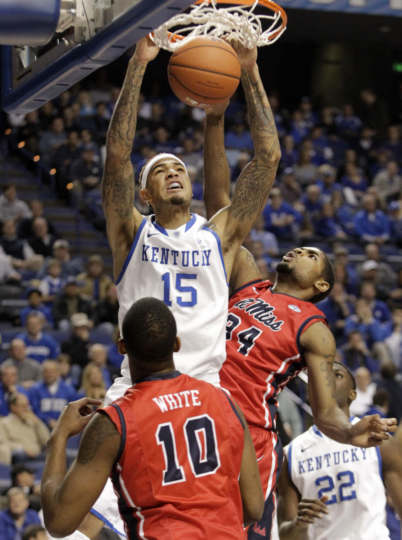 No. 18 Kentucky tops Mississippi 80-64