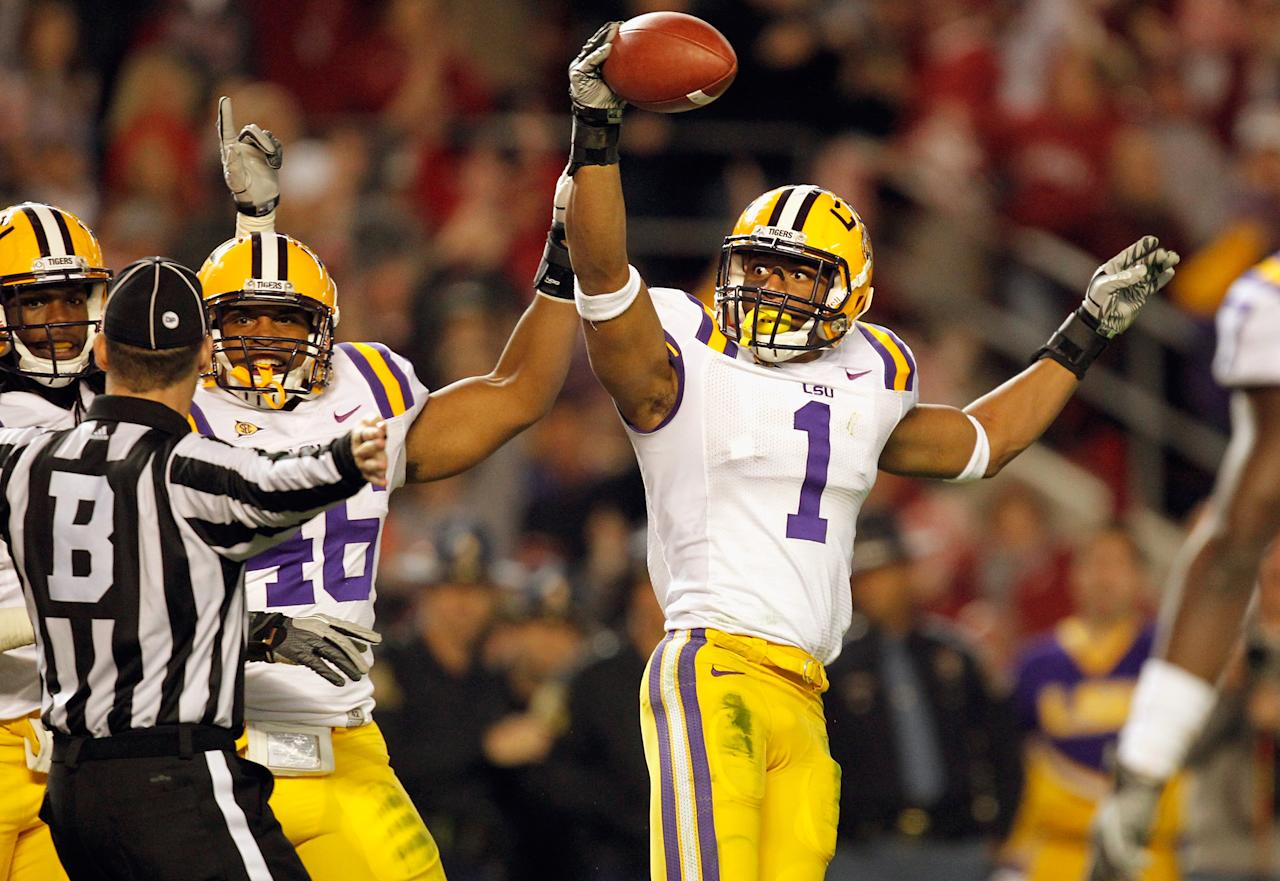 TUSCALOOSA, AL - NOVEMBER 05:  Eric Reid #1 of the LSU Tigers looks at the referee and reacts after catching the ball for an interception against Alabama Crimson Tide during the second half of the game at Bryant-Denny Stadium on November 5, 2011 in Tuscaloosa, Alabama.  (Photo by Streeter Lecka/Getty Images)