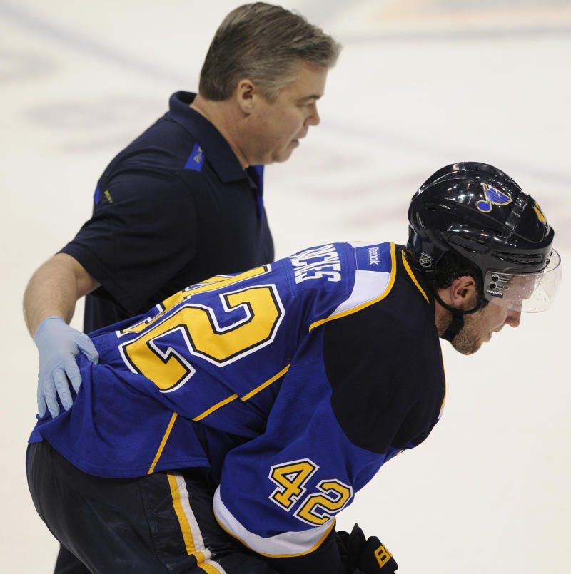 Blues' Backes out for Game 3 against Blackhawks