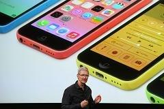 Apple's new iPhone 5C may be priced just right