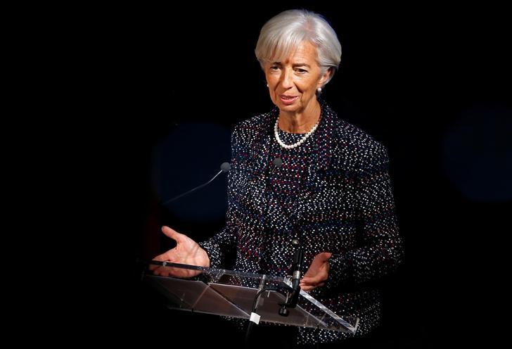 Rising growth could be cut down by 'sword of protectionism', International Monetary Fund warns