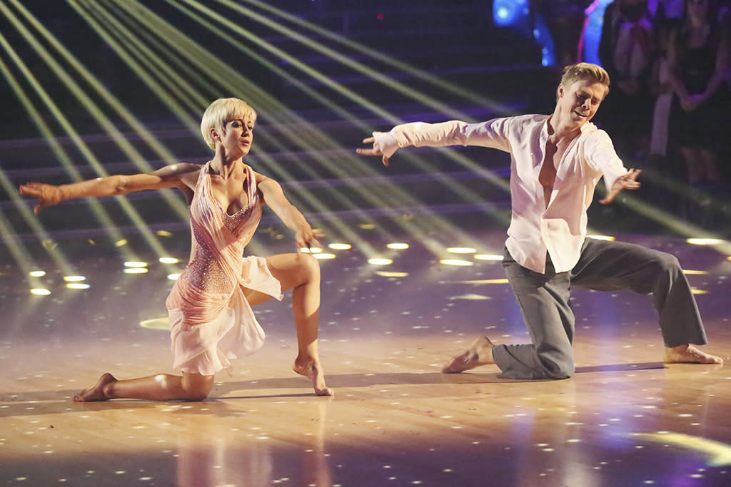 "For her finale-week freestyle, Kellie scaled back — and that included the costume department. Her sheer pink, scarf-embellished bodysuit had just enough flow to accentuate her twisty, bending moves. Judge Bruno Tonioli called the star's performance ""a contemporary work of art,"" but he just as well could have been talking about the costume."