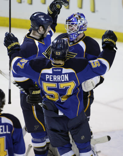McDonald scores in Blues' 5-1 win over Isles
