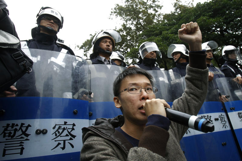 Contentious Taiwan media deal collapses
