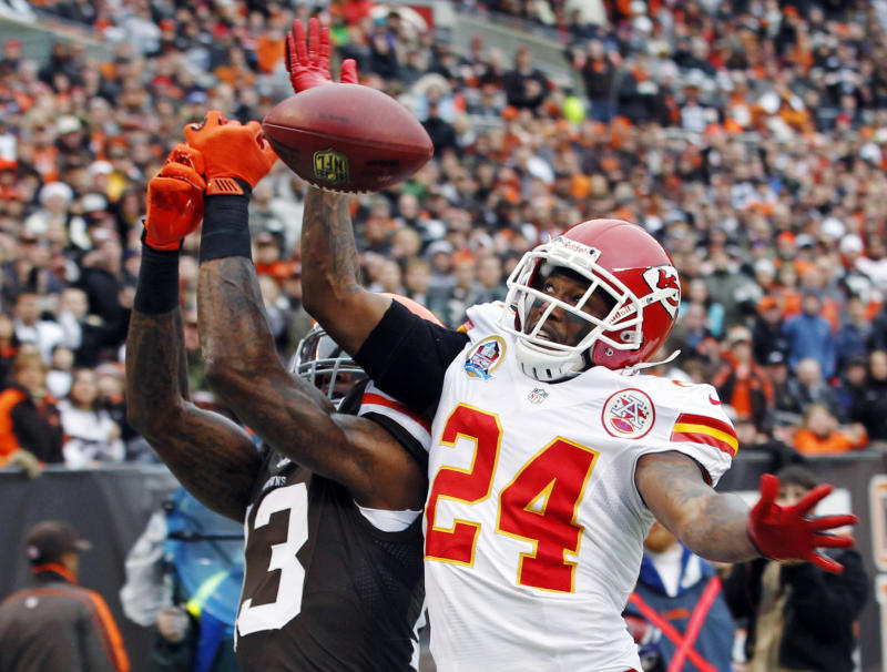 Chiefs release Flowers after voluntary workouts