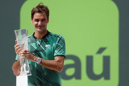 Roger Federer tops Rafael Nadal once again, clinches Miami Open title