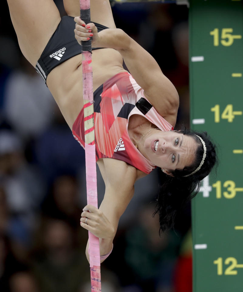 Defending Olympic Pole-Vault Champ Gets 'Quite Ill' in Rio