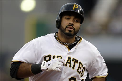 Pirates edge Mets 3-2 in 11 innings