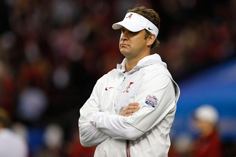 Former Alabama WR turned assistant coach suing Lane Kiffin, FAU
