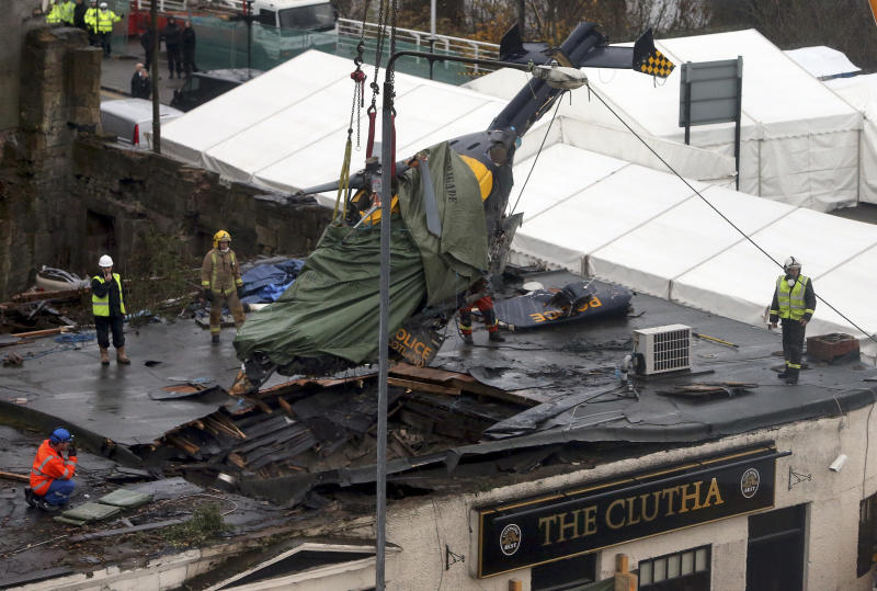 Report: Engines failed on helicopter that hit pub