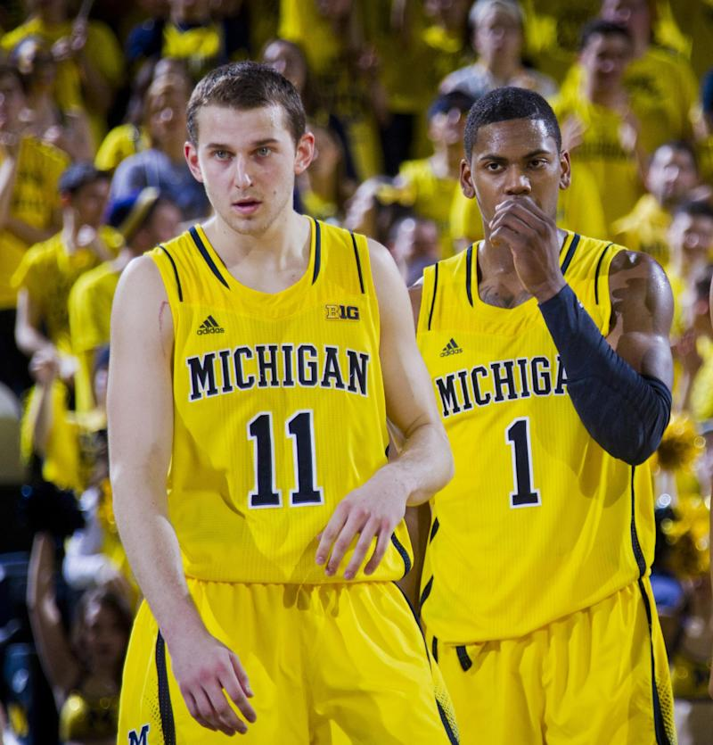Michigan losing Stauskas and Robinson to NBA
