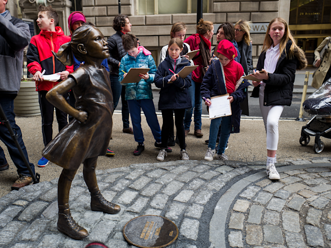 NYC mayor to 'Charging Bull' artist: 'Fearless Girl is staying put'