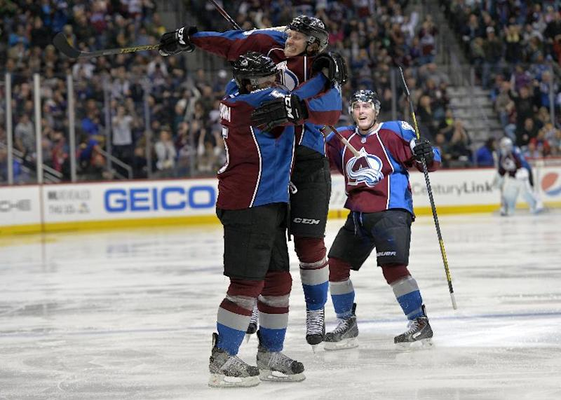 Holden's 2 goals lead Avalanche past Lightning 6-3