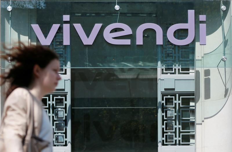 Vivendi-Mediaset battle heats up after Italy regulator crackdown