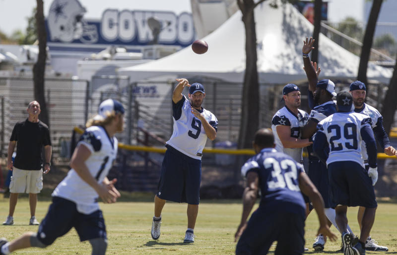 Cowboys' Romo says he will skip preseason opener