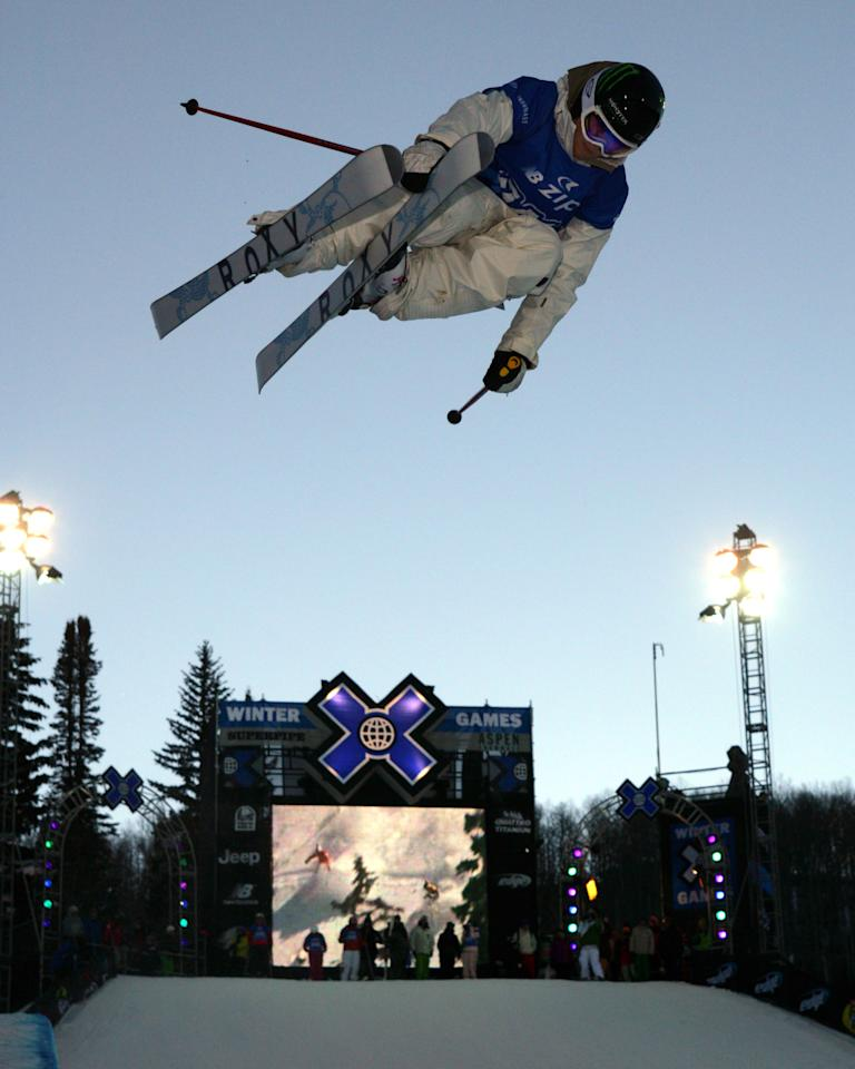 Sarah Burke, of Canada, makes a run on her way to victory in the women's skiing superpipe at the Winter X Games at Buttermilk Ski Area near Aspen, Colo., on Friday, Jan. 26, 2007. (AP Photo/Nathan Bilow)
