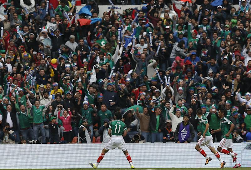 Mexico beats New Zealand 5-1 in first leg